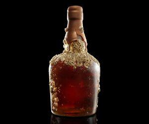 Dictador Abismo bottle1.tif