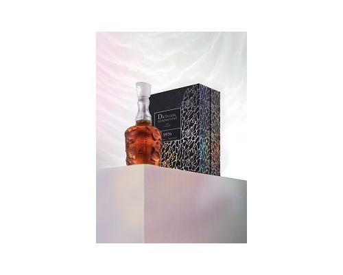 Dictador Generations en Lalique aranz stand1 9776 .tif